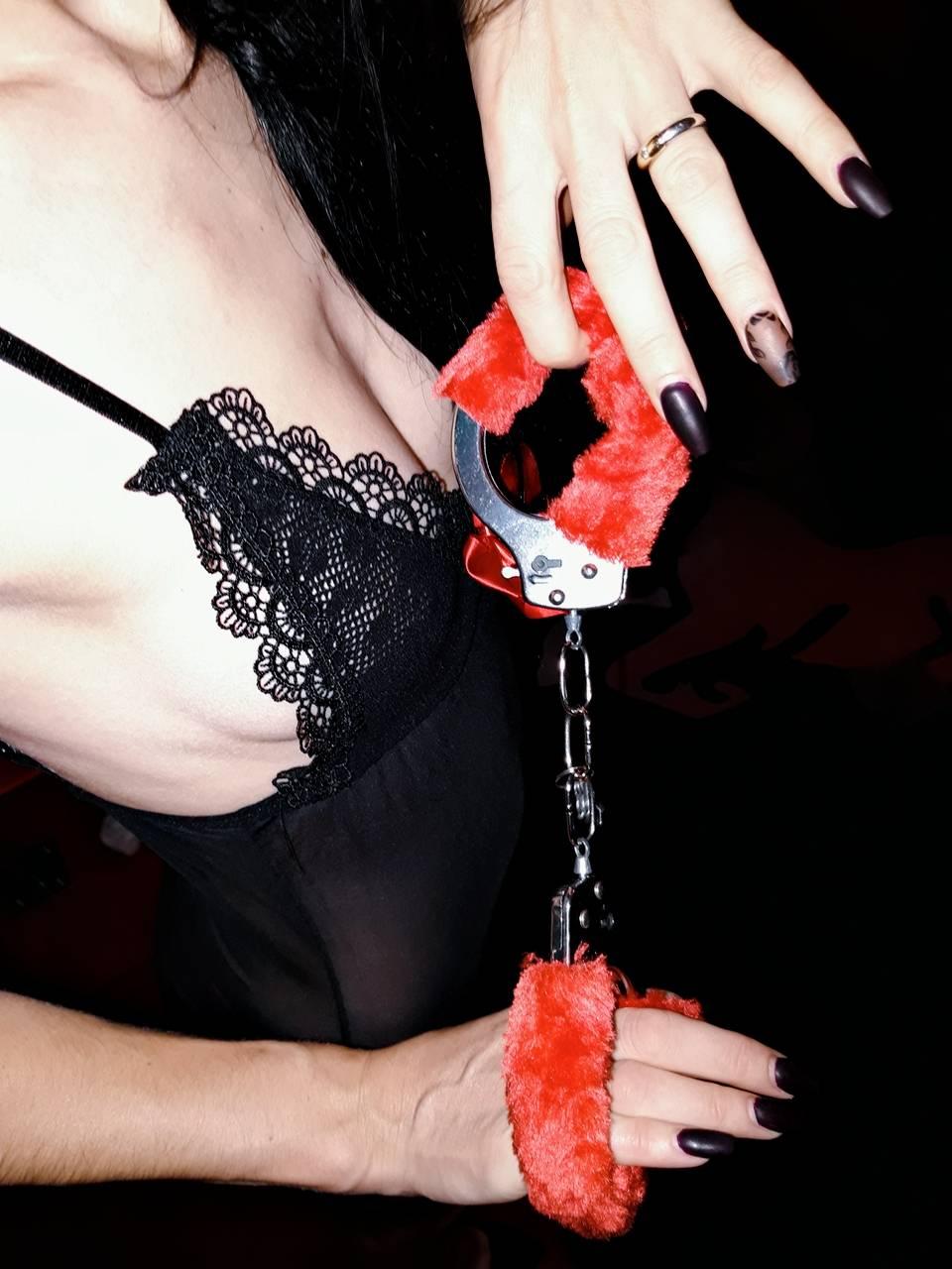 Kinky Έφη