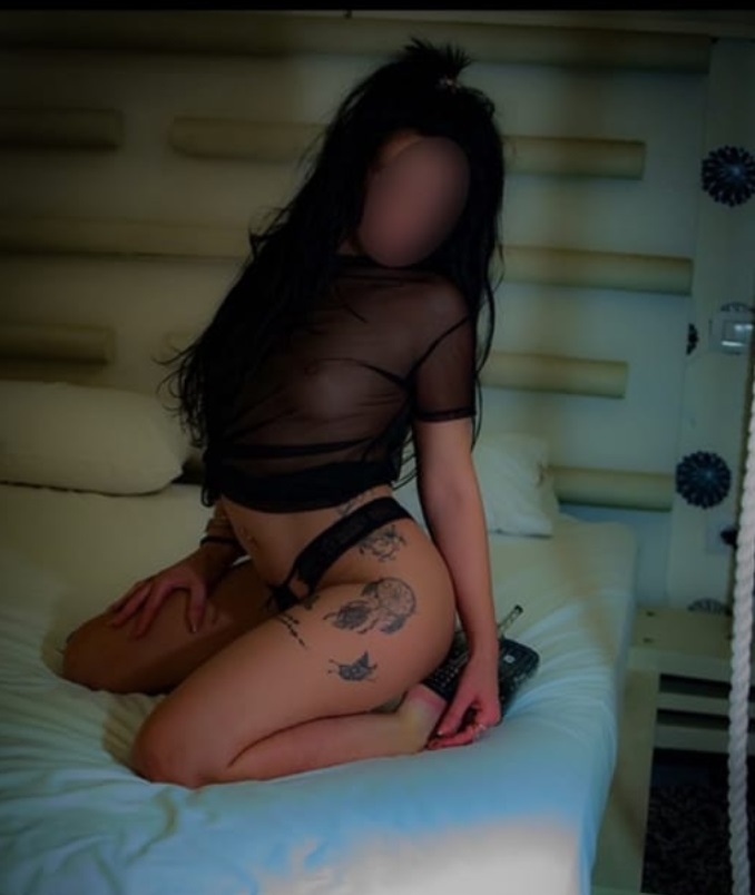 στο κρεβάτι μου έλα!!